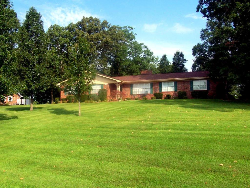 950 Hale Circle, Madisonville, TN 37354