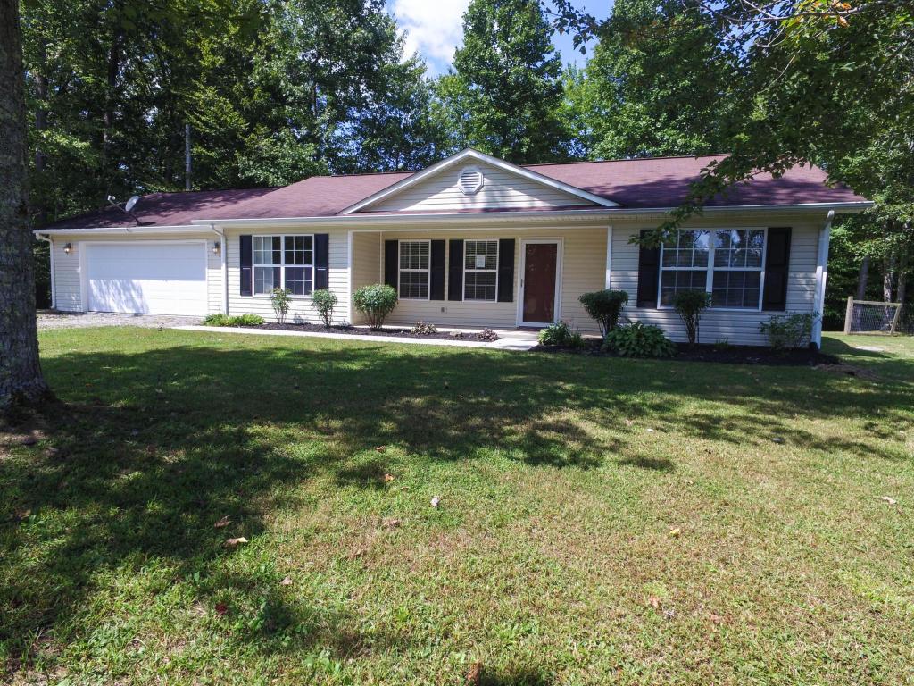 276 Parkview Drive, Oneida, TN 37841