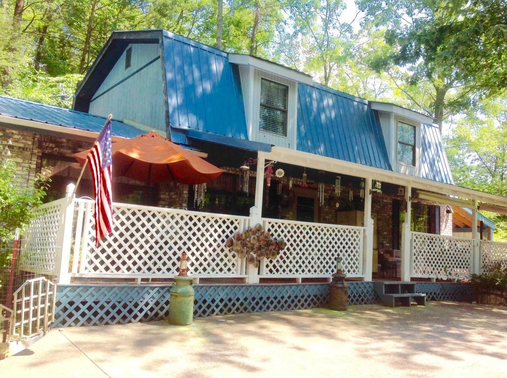408 Hemlock Lane, Sevierville, TN 37876