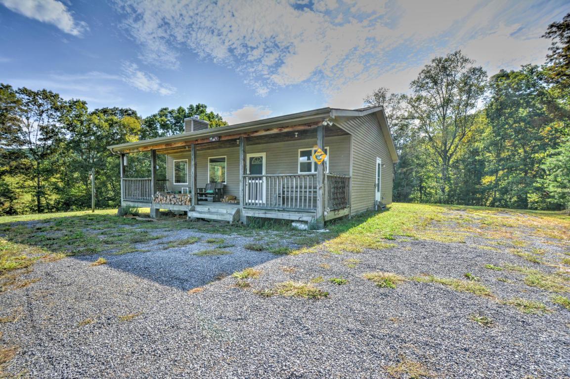 205 Price Rd, Rogersville, TN 37857