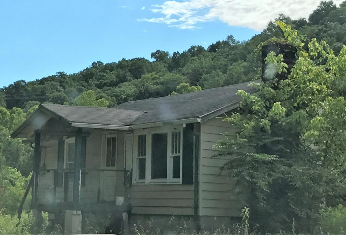 106 Rice Rd, Middlesboro, KY 40965
