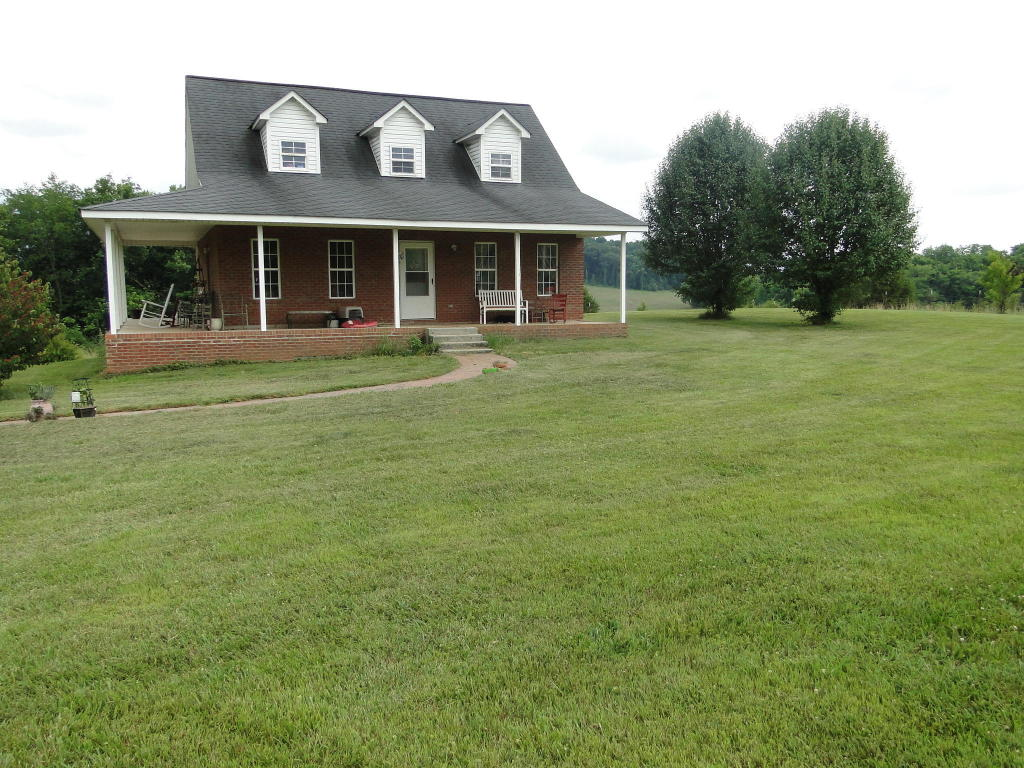 333 County Road 420, Athens, TN 37303