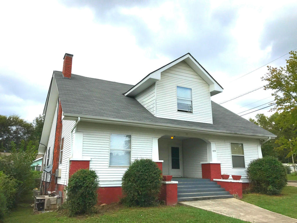 1939 Mccalla Ave, Knoxville, TN 37915