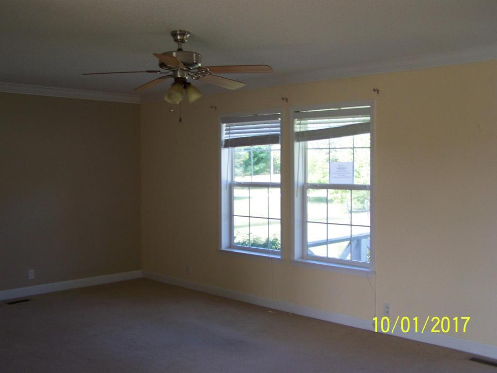 1789 Breckenidge Drive, Crossville, TN 38572