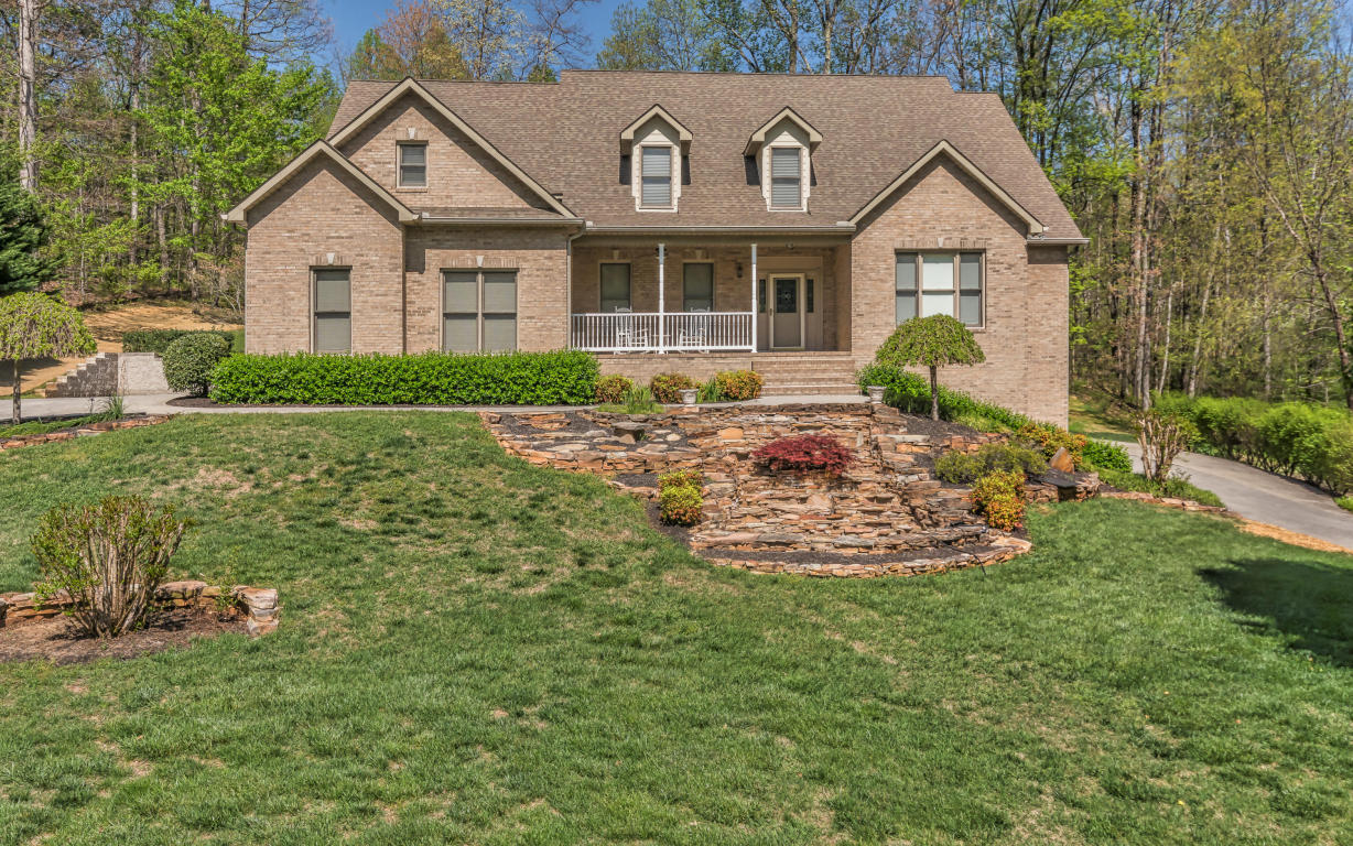 1917 Hickory Glen Rd, Knoxville, TN 37932
