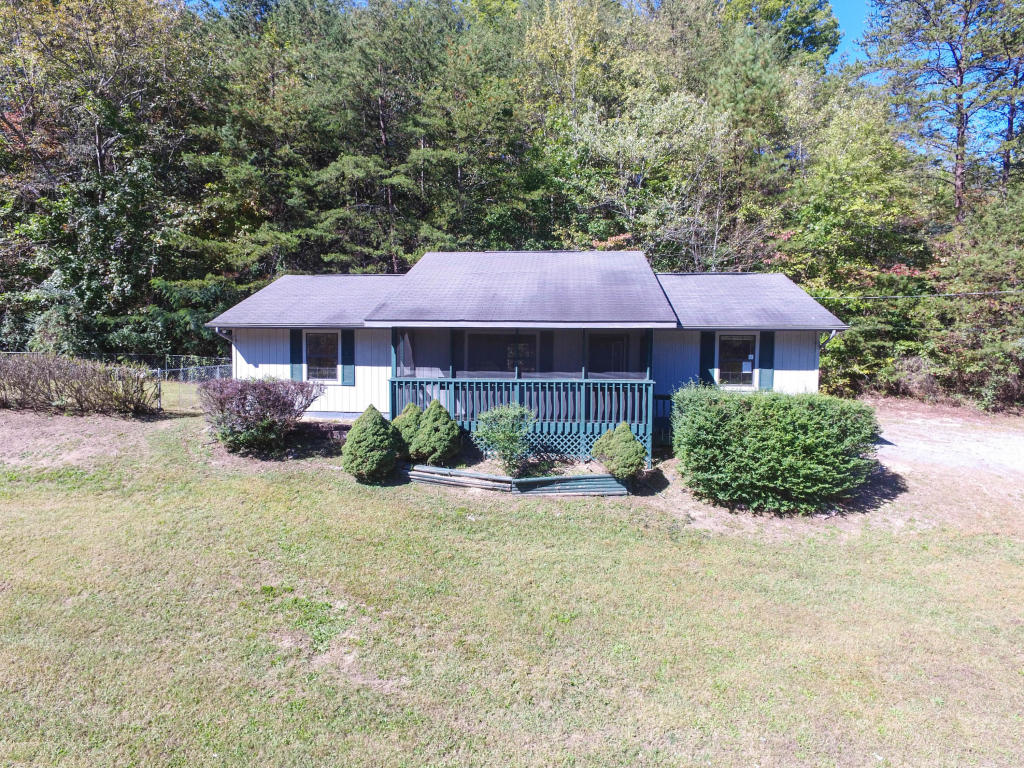 524 Pine Mountain Rd, Pigeon Forge, TN 37863