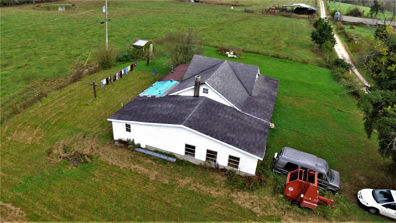 312 Ernie Hurst Rd, Deer Lodge, TN 37726