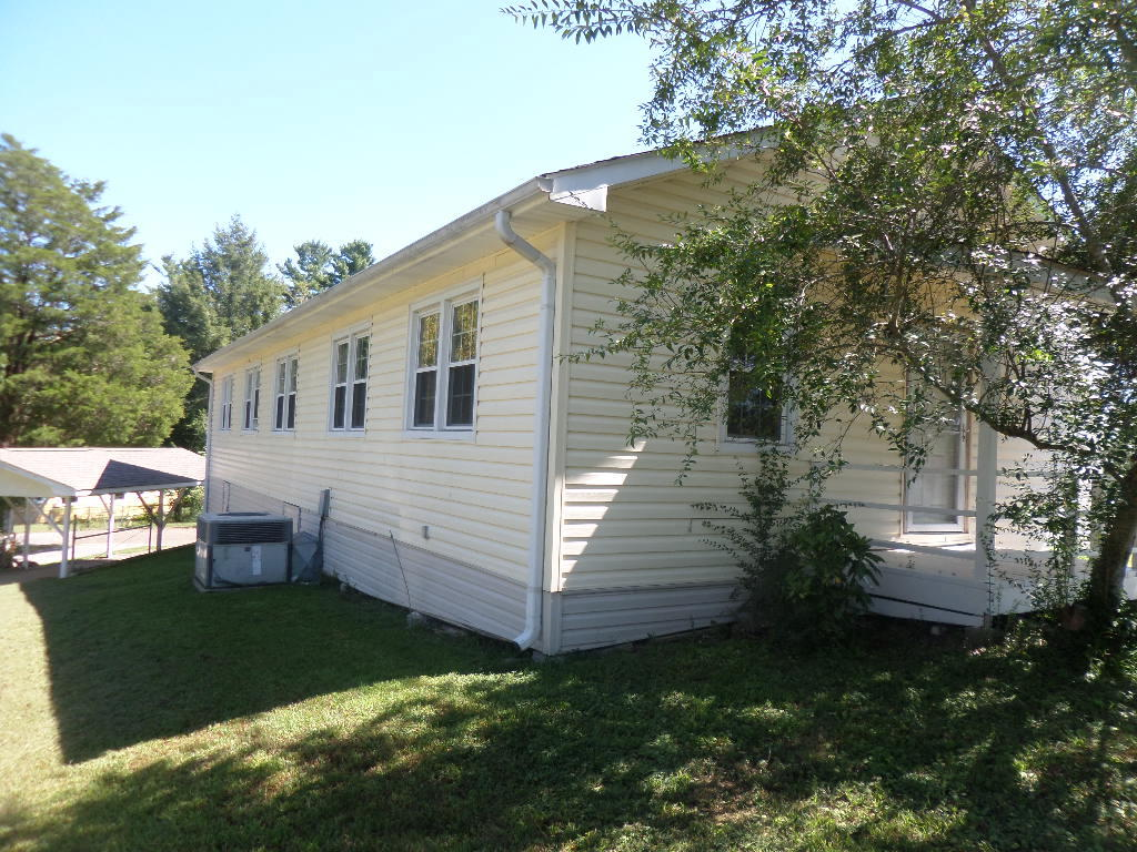 101 Ivy Lane, Oak Ridge, TN 37830
