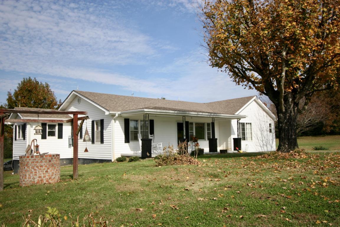122 Coleman Rd, Madisonville, TN 37354