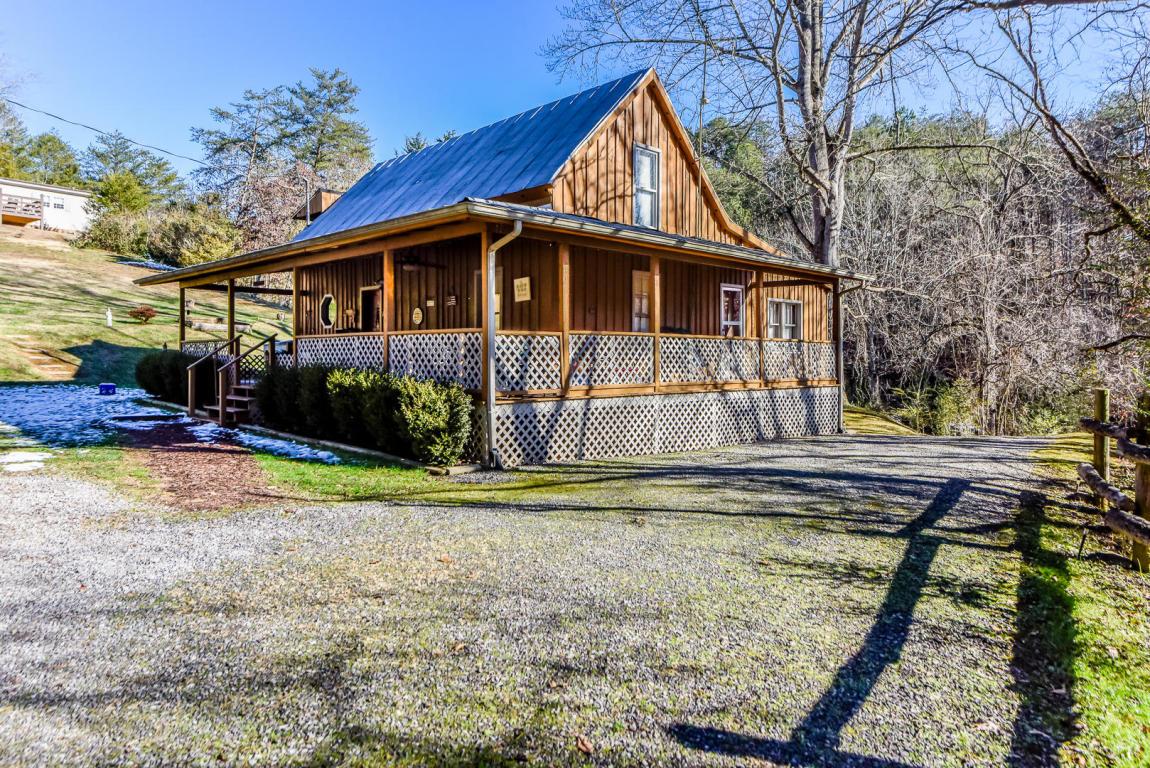 1752 Shady Grove Rd, Sevierville, TN 37876