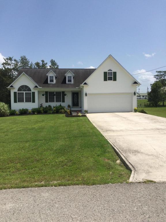 463 Clover Circle, Jacksboro, TN 37757