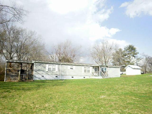 18 Tennessee Stone Rd, Crossville, TN 38555