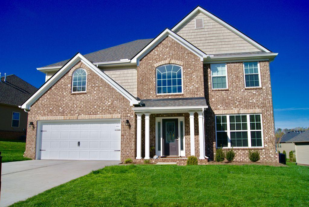 2025 Creekside Manor Lane, Knoxville, TN 37932