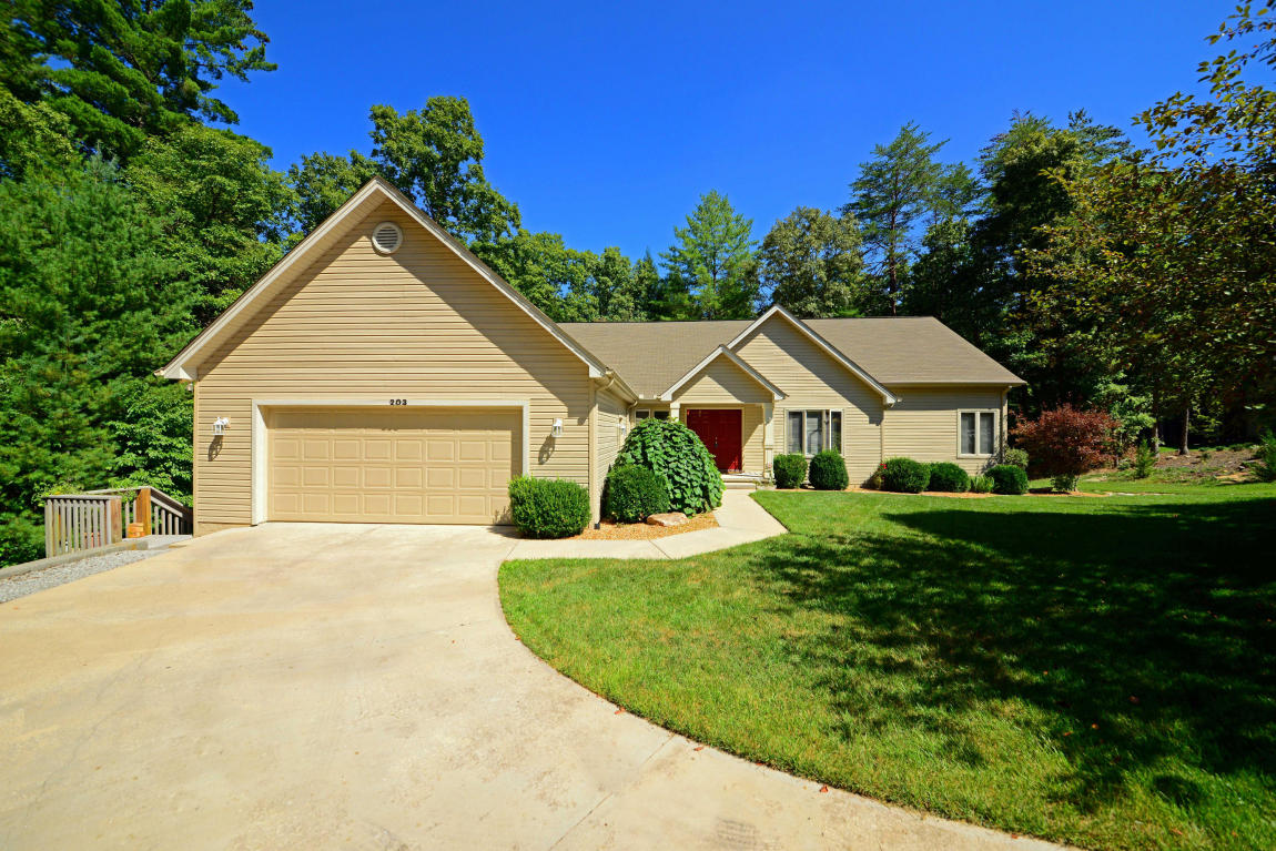 203 Forest View Drive, Fairfield Glade, TN 38558