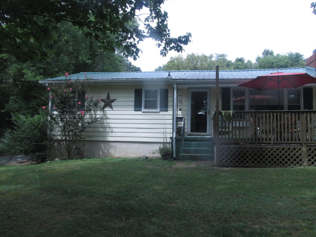 6323/6325 Ridgeview Rd, Knoxville, TN 37918