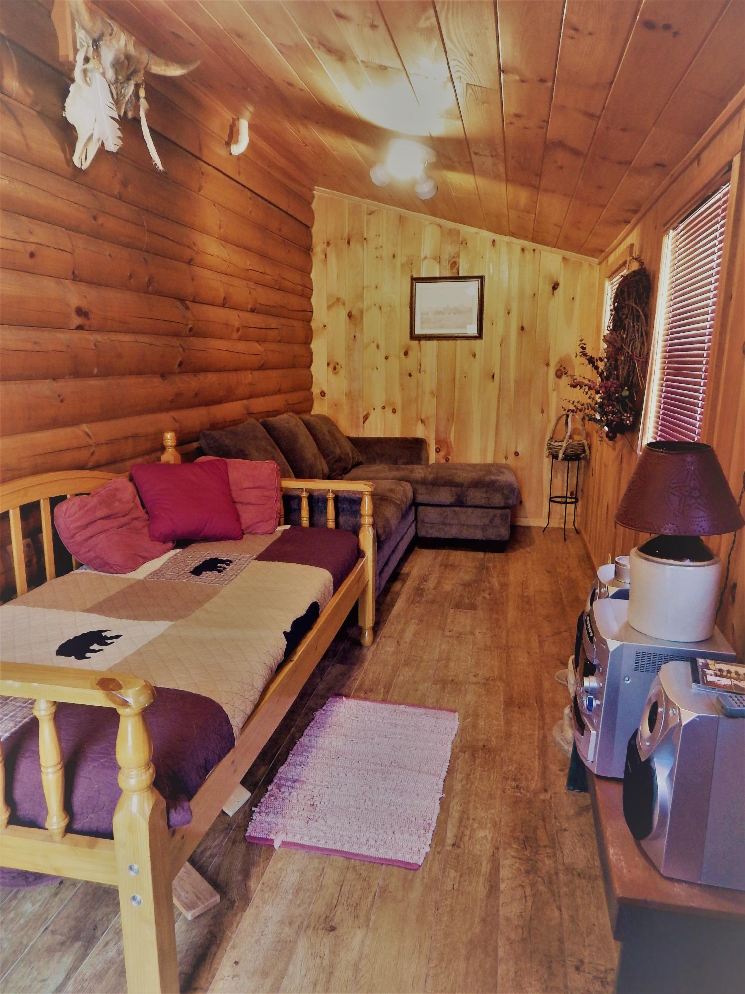 3045 Coon Hunter Lodge Rd, Jamestown, TN 38556