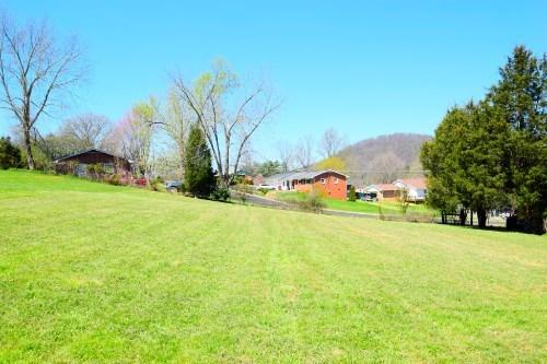 1431 Piedmont Rd, Johnson City, TN 37601