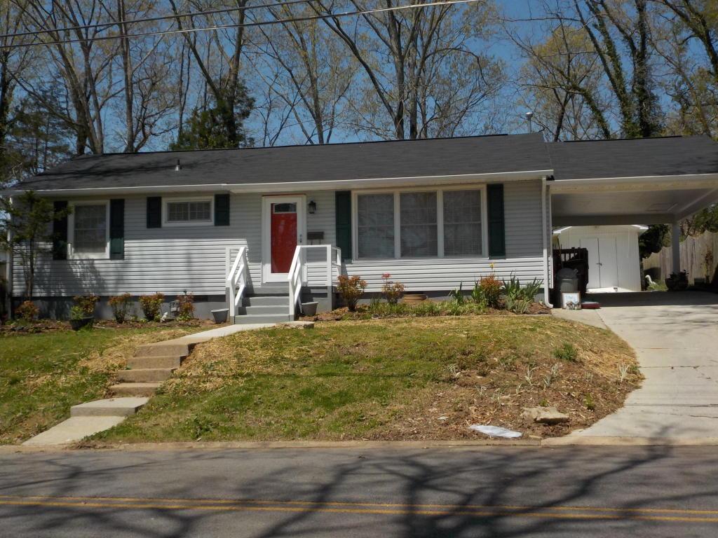 121 E Arrowwood Rd, Oak Ridge, TN 37830