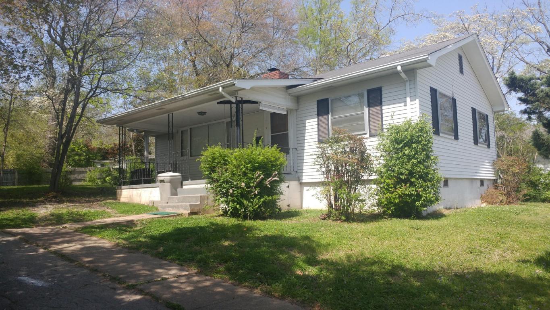 102 W Farragut Rd, Oak Ridge, TN 37830