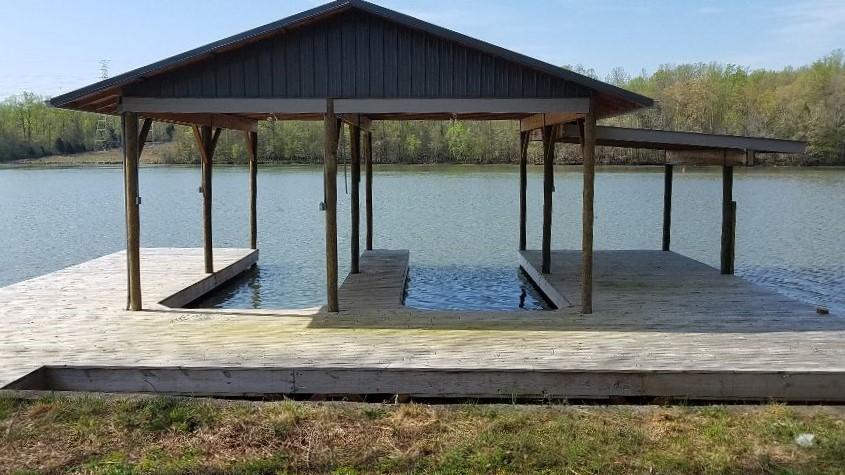 564 Emory River Rd, Harriman, TN 37748