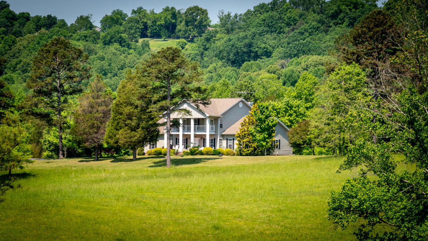 300 Brunner Rd, Sweetwater, TN 37874