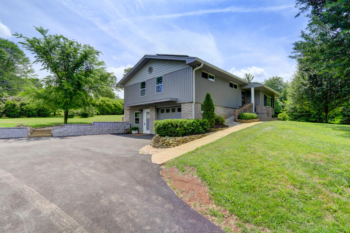 612 Nw Wesley Rd, Knoxville, TN 37909