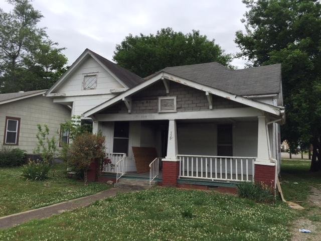 325 E Springdale Ave, Knoxville, TN 37917
