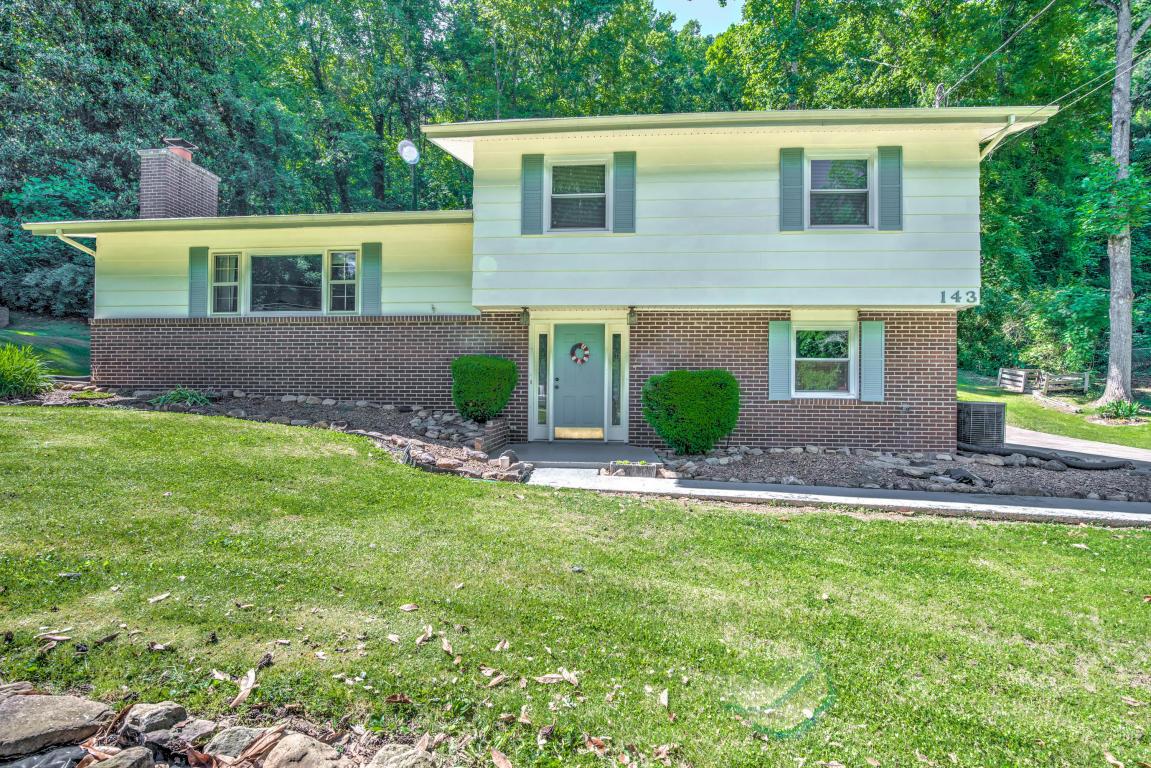 143 Nebraska Ave, Oak Ridge, TN 37830