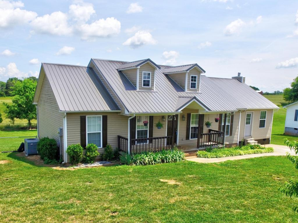 1026 Oak Grove Rd, Madisonville, TN 37354