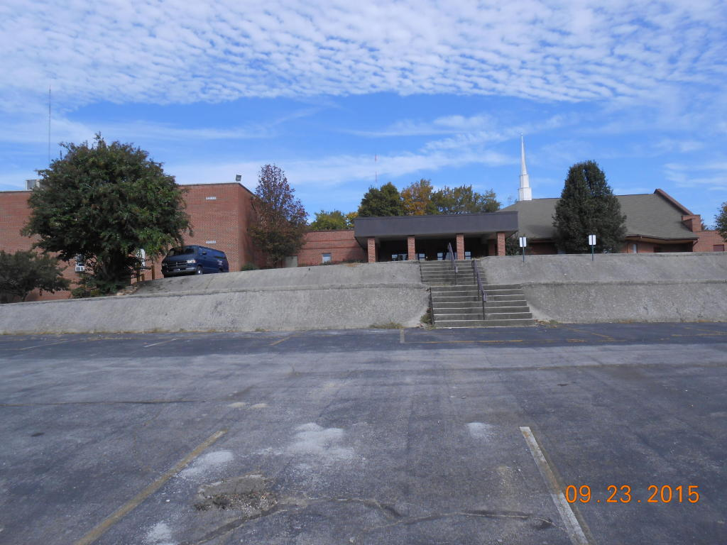 2909 Broadway St, Knoxville, TN 37917