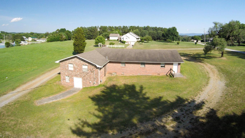 3846 Morganton Rd, Maryville, TN 37801