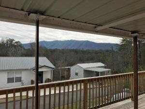 846 Peacock Ridge Drive, Townsend, TN 37882