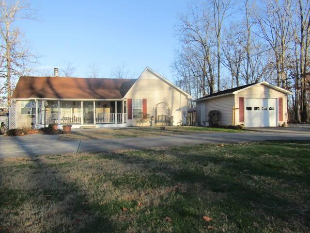 1949 Dunbar Rd, Crossville, TN 38572
