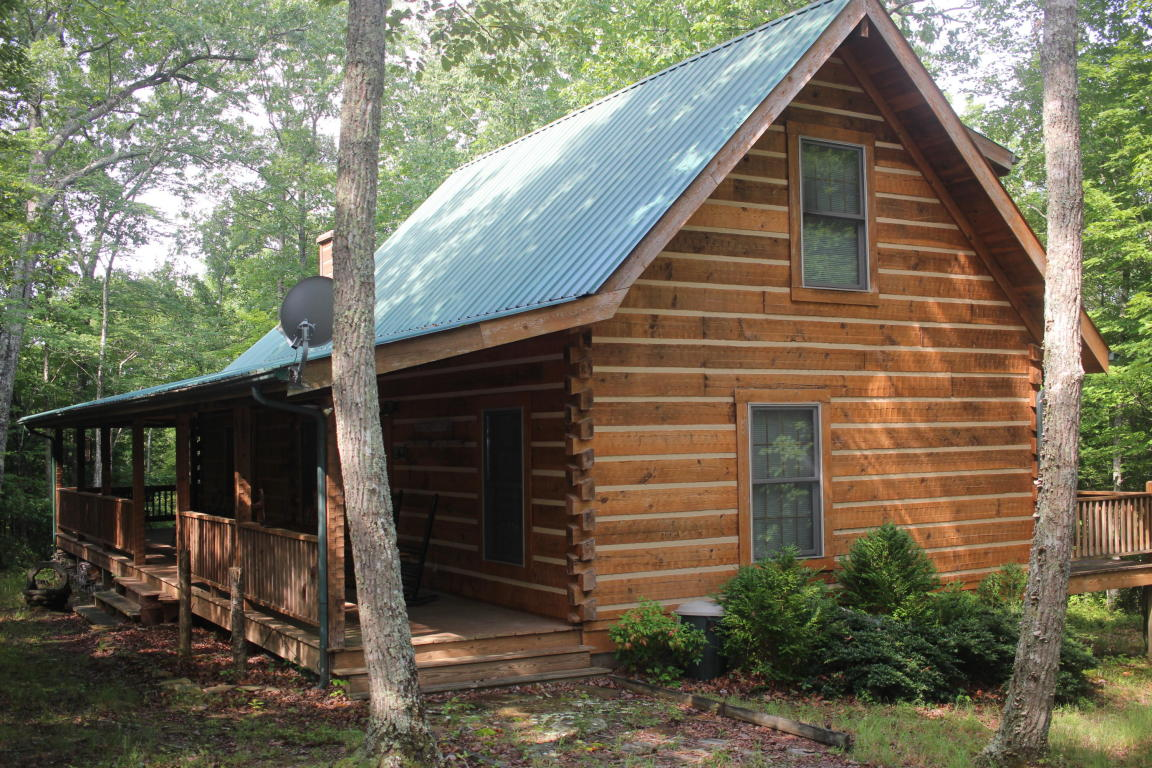 1159 Wilderness Tr, Oneida, TN 37841