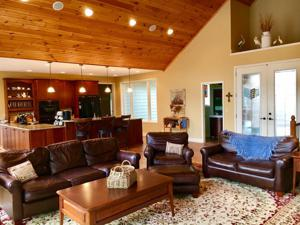 4567 Russell Brothers, Sharps Chapel, TN 37866