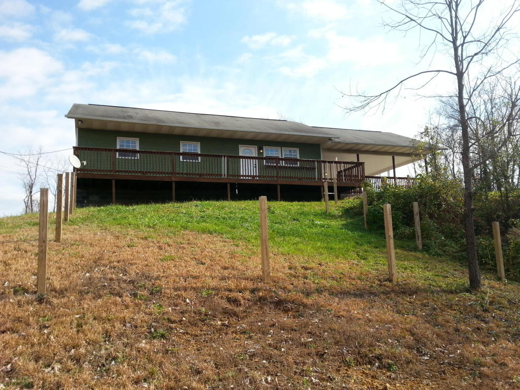 200-2 Mullinax Way, Sevierville, TN 37876