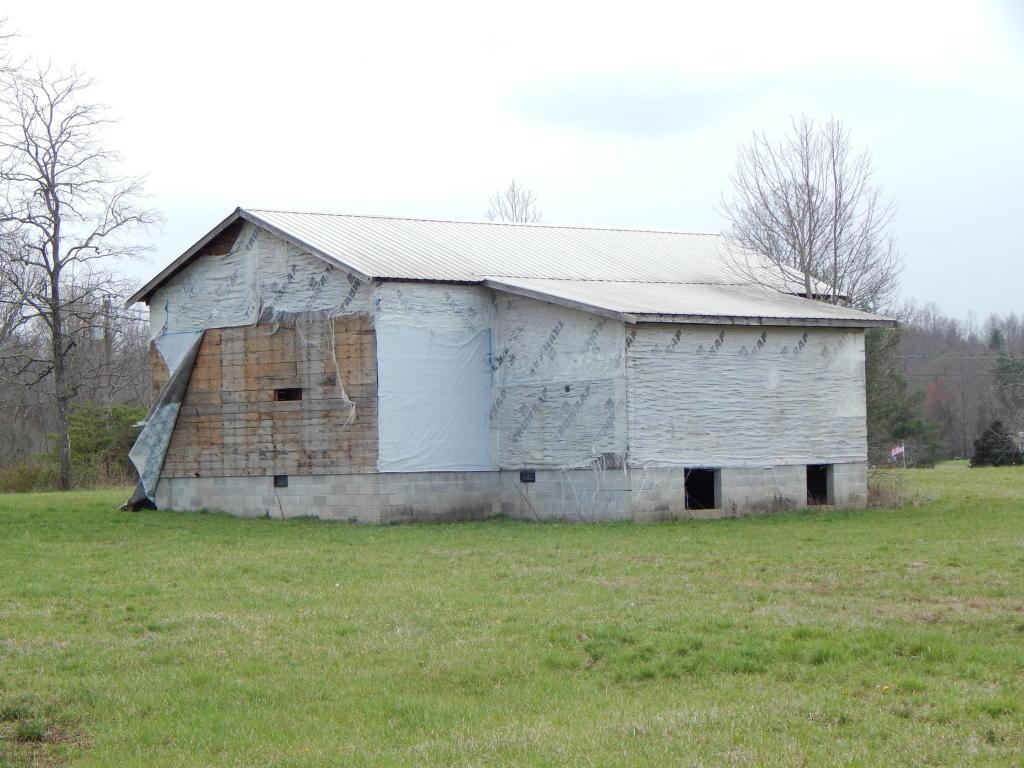4490 Nashville Hwy, Deer Lodge, TN 37726