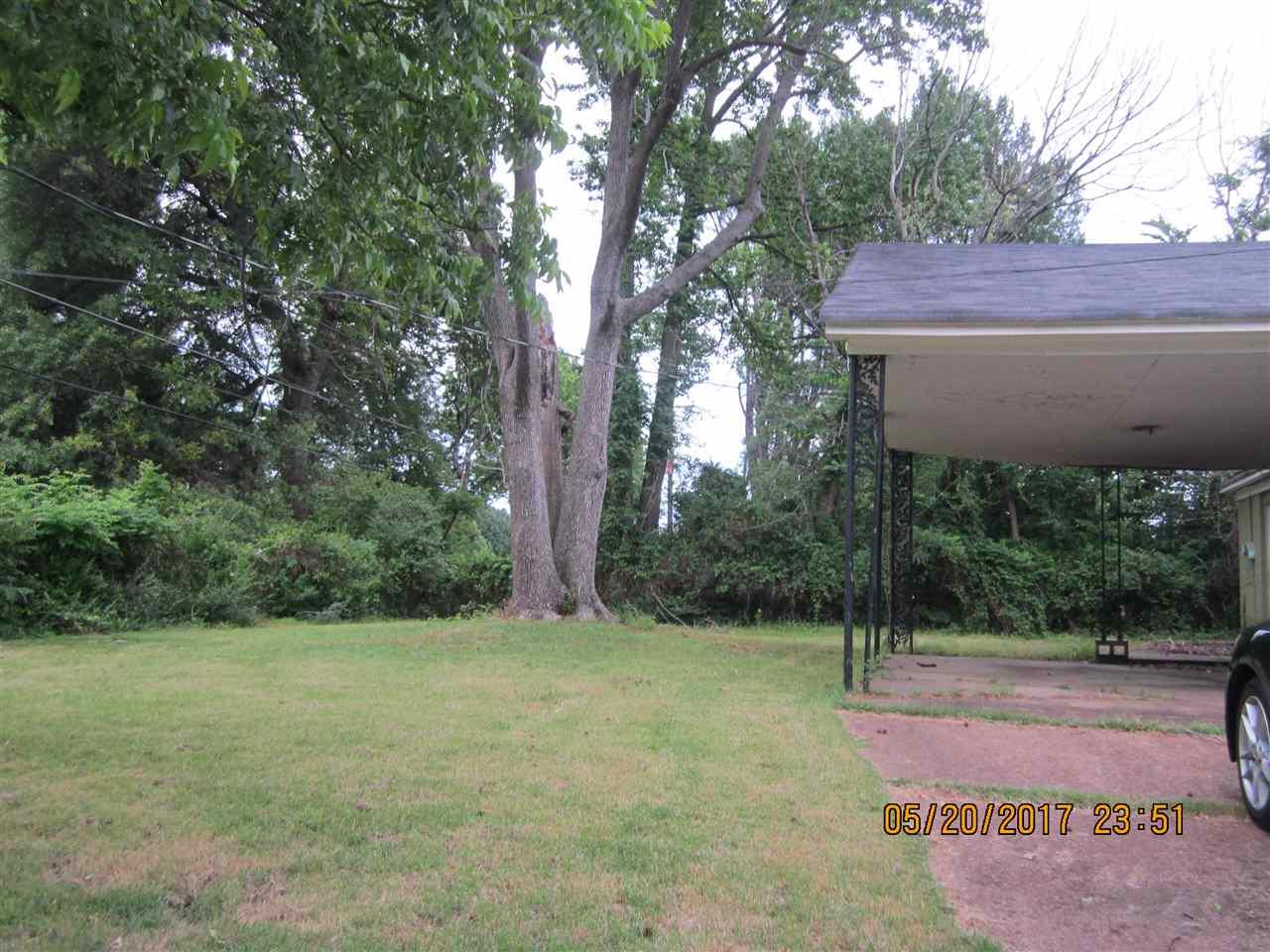 2000 Goodhaven, Memphis, TN 38116