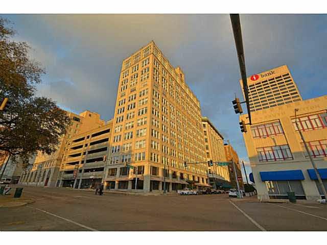 66 Monroe, Memphis, TN 38103