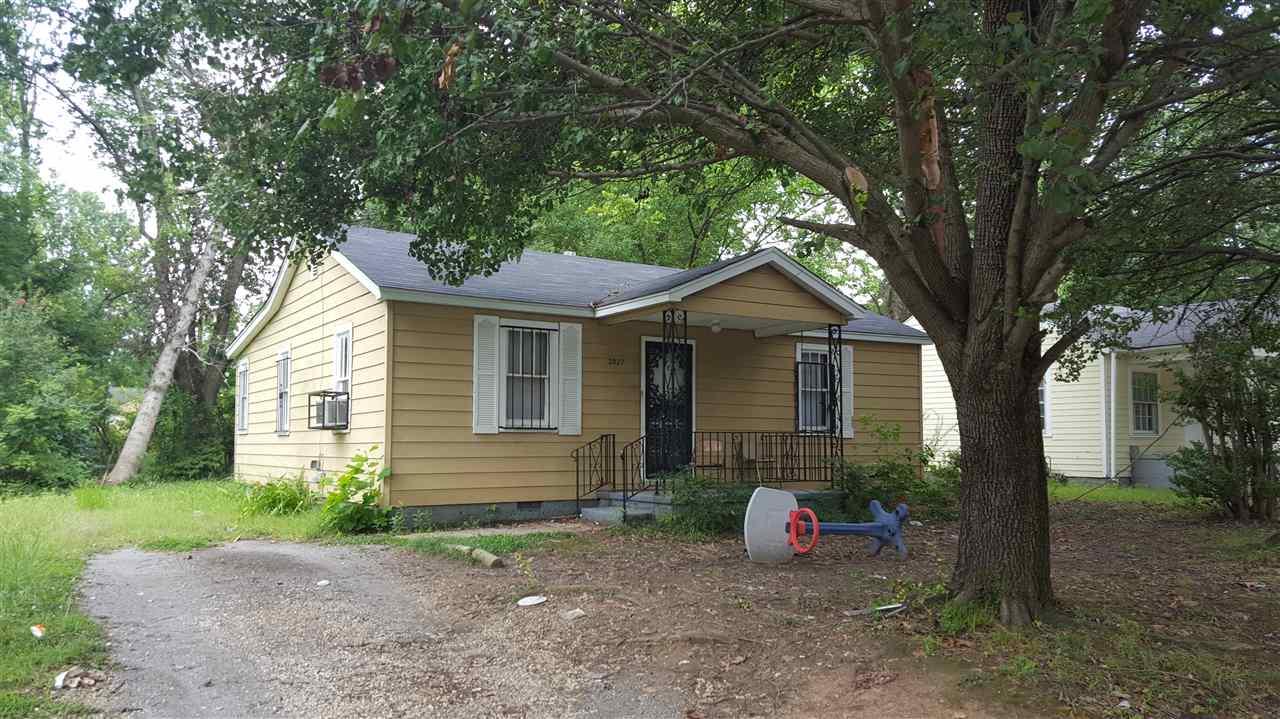 2027 Whitney, Memphis, TN 38127