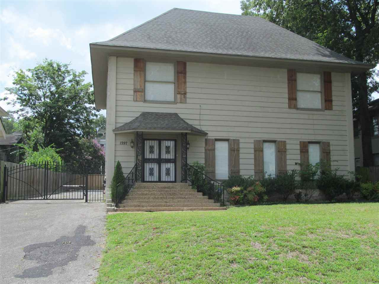 1297 Peabody, Memphis, TN 38104