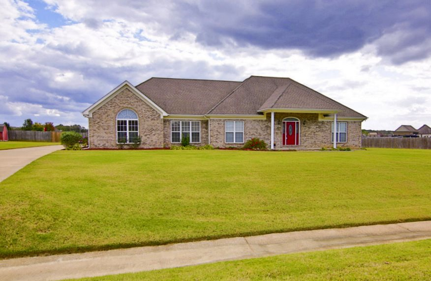 179 Christmas, Atoka, TN 38004