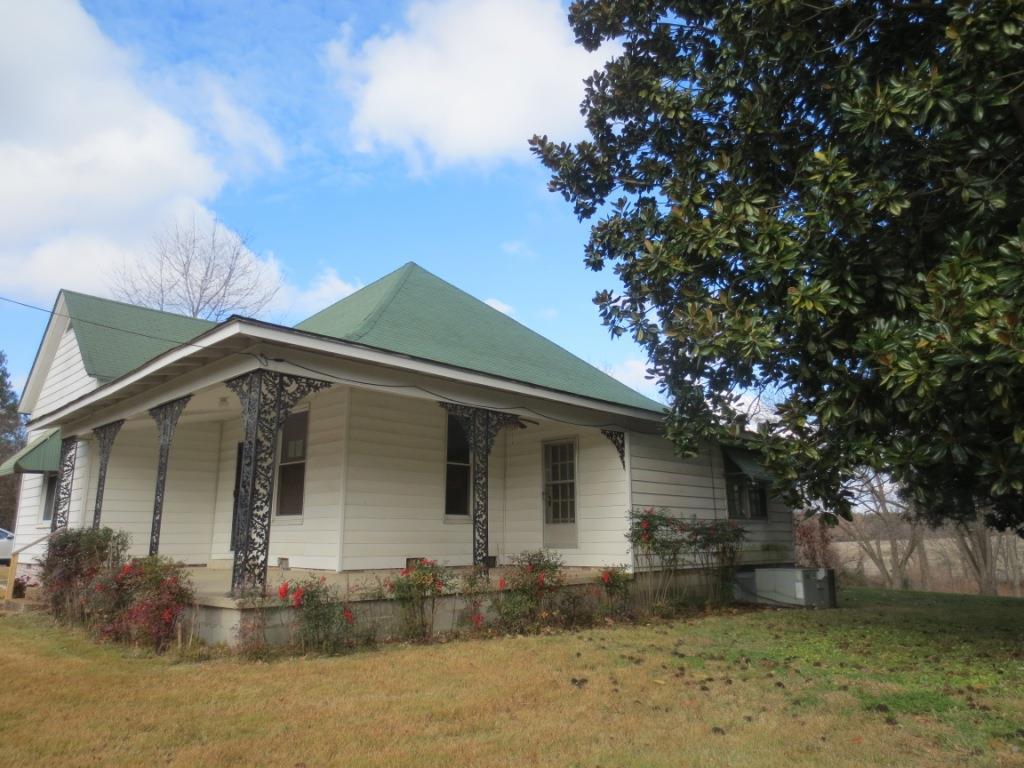 236 Graves, Henning, TN 38041