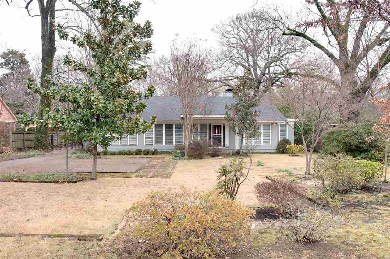 5068 Walnut Grove, Memphis, TN 38117