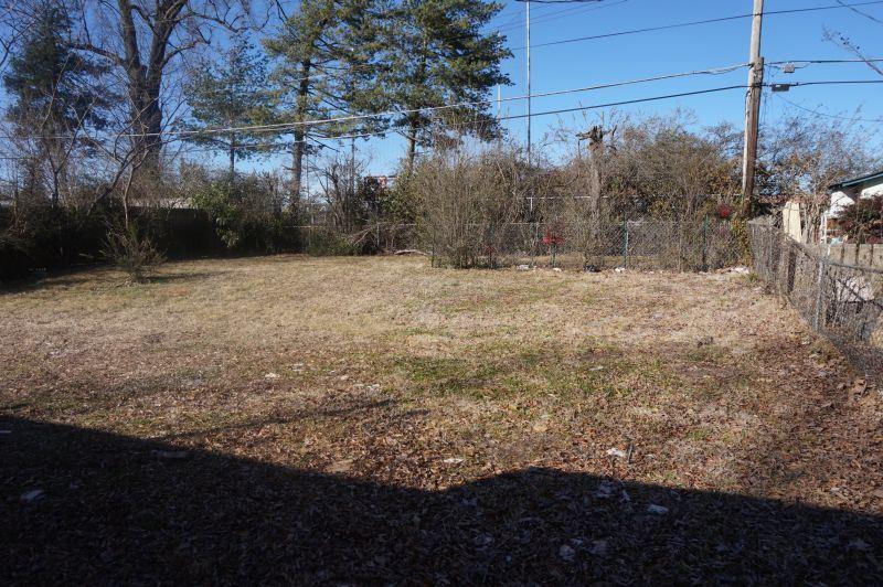 4052 Rhodes, Memphis, TN 38111