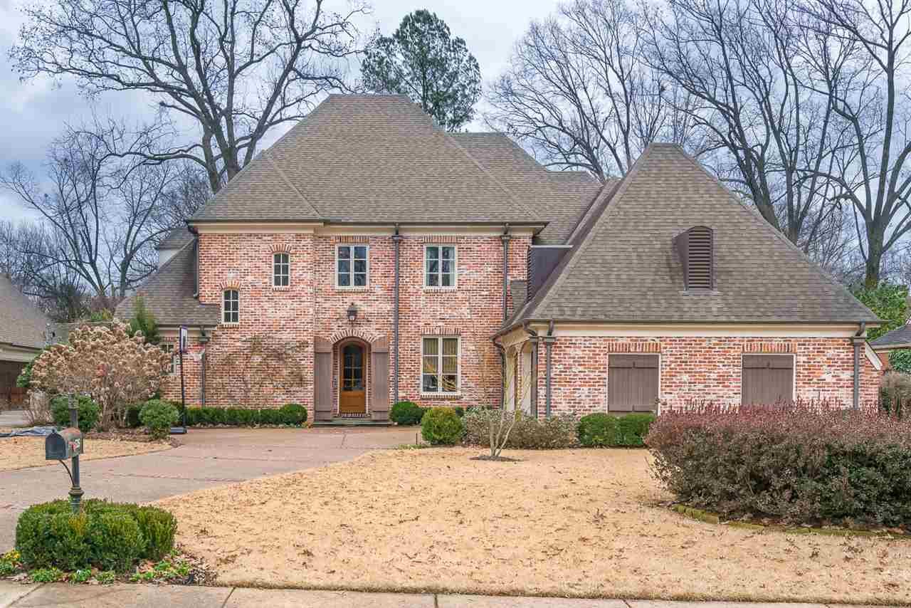 526 Williamsburg, Memphis, TN 38117