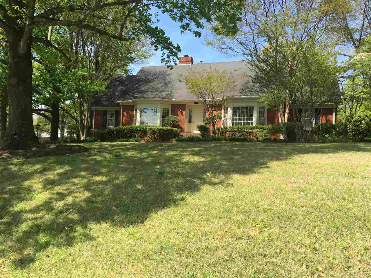 5360 Sycamore Grove, Memphis, TN 38120
