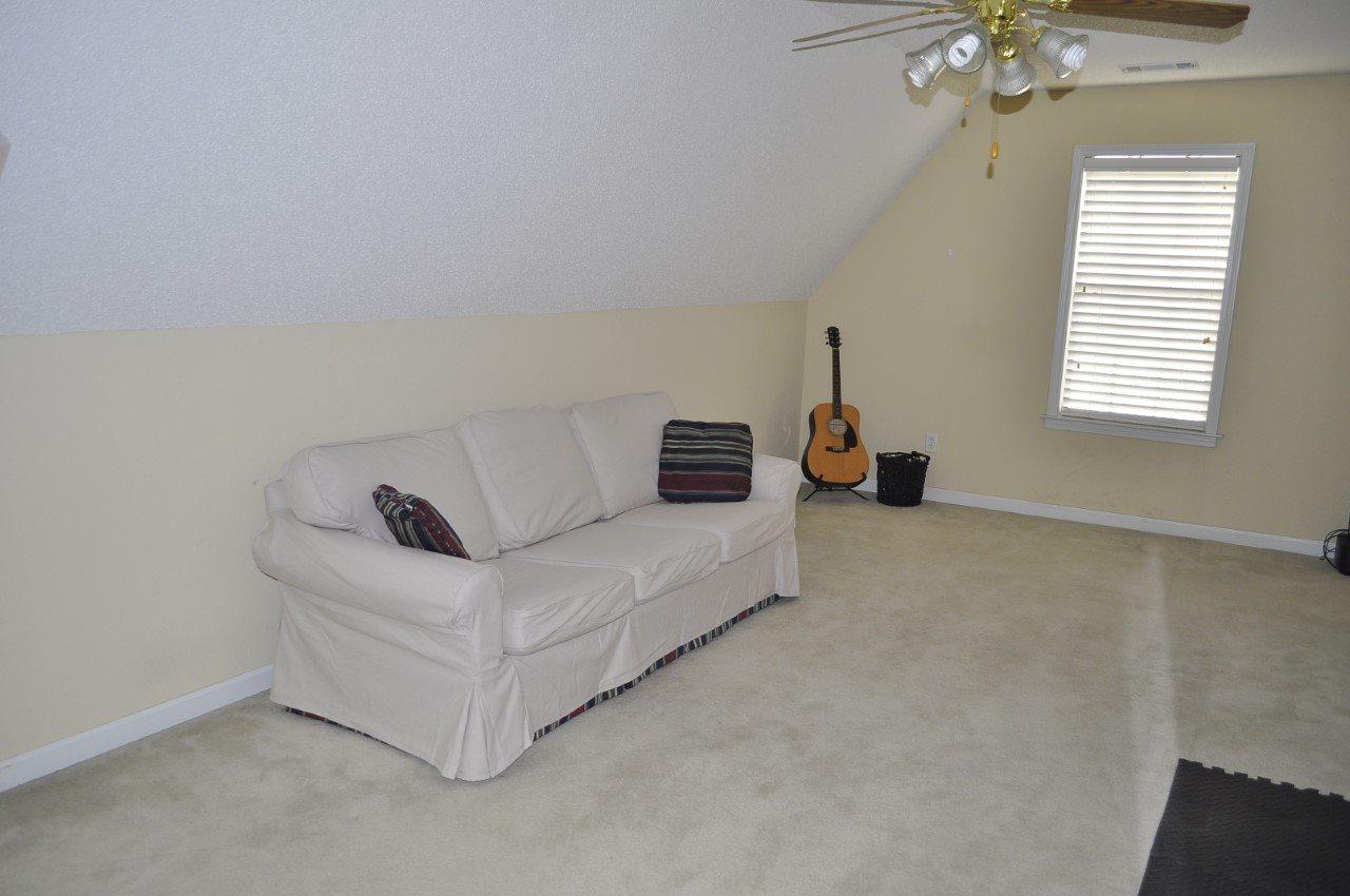 1388 River Bank, Collierville, TN 38017