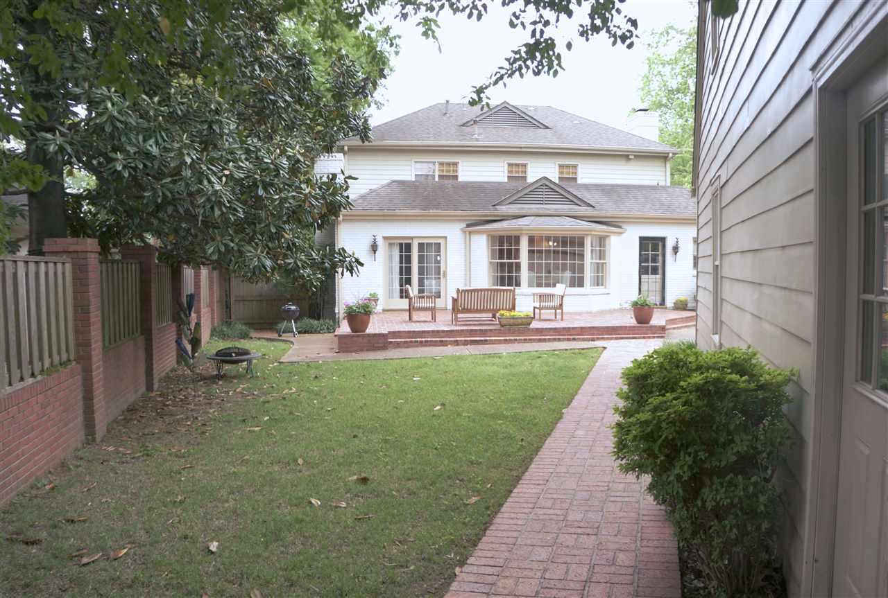 4200 Grandview, Memphis, TN 38117