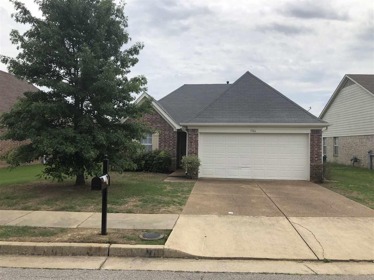 1166 E Cortona, Memphis, TN 38018